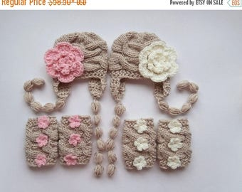 SALE 15% DISCOUNT NewBorn Baby Twin Girls Outfits -  Hats and Leg Warmers for Twins Girls - Knit  Newborn Photo Props - Newborn Baby Twins O