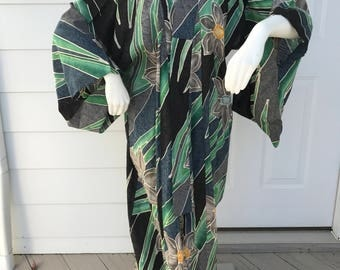 Vintage Asian robe in green/gray/blue/black with flowers