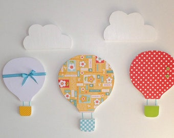 Wall decoration - 2 clouds and 3 hot air balloon - nursery, baby