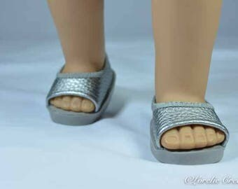 American Girl or 18 inch doll SHOES SANDALS beach flip flops peeptoe flats in SILVER Faux Leather
