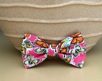 Dog Bow / Bow Tie - Pink w Butterflies