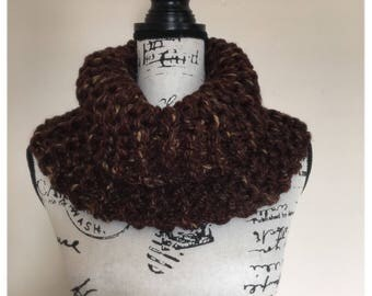 Claire's Knit Wool Cowl. Hand Knit in the Style of Outlander