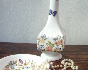 Pretty Ansley Cottage Garden Pattern Bud Vase and Trinket Dish excellent!