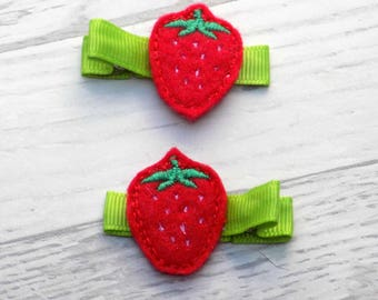 strawberry hair clips, strawberry hair clip, hair clip, girls hair accessories, strawberry hair bow, hair accessories, strawberry felt clip