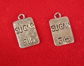 "BULK! 25pc ""sugar"" charms in antique style silver (BC553B)"