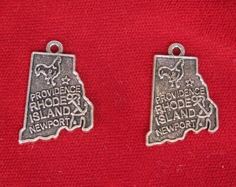 "10pc ""Rhode Island"" charms in antique silver (BC1290)"