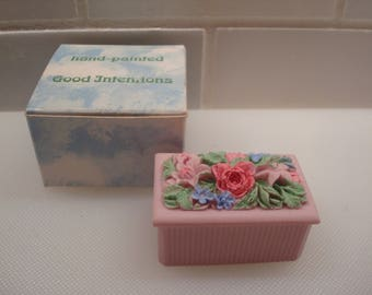 Vintage Good Intentions Miniature Pink Bouquet Box - Hand Painted - Made in Wales - Original Box - Excellent Condition!!