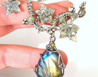 Necklace labradorite blue purple with ivy leaves silver