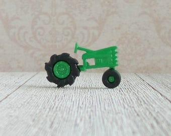 Tractor - John Deere - Green Tractor - Farm Equipment - Fields - Farmer - Lapel Pin