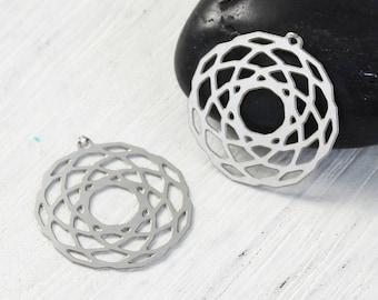 X 2 prints circle 20mm silver filigree charms