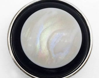 X 1 black and beige Pearl snap button 18mm