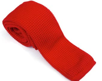 Red Knit Tie, Flat Bottom Tie,Skinny Tie,Vintage Necktie from West Germany,Retro 60s Polyester Tie,Square End Tie,Solid Red Tie,Hipster Tie