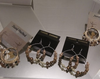 Nwt  Boutique 4 pairs of Earrings. LOT A68
