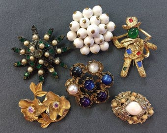 Destash Vintage Brooch Lot-As Is.  Free shipping