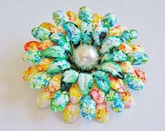 Groovy 1960's Flower Power Tie Dyed Brooch Pin