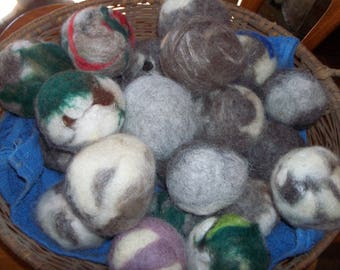 All wool dryer balls
