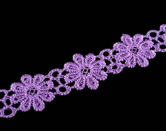 Guipure lace flowers purple lace point Venetian 20 mm