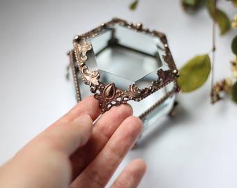 little hexagon box, Glass Box,casket glass, engagement ring box, stained glass box, wedding ring box, ring box, ring holder, jewelry box,