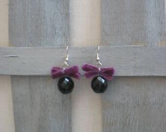 Bow purple velvet and black faceted bead earrings