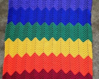 Rainbow Chevron Baby Blanket / Rainbow Chevron Baby Afghan / Lapghan / Throw / Baby Shower Gift / Rainbow Baby