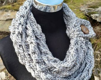 Infinity Scarf, FREE SHIPPING, Button Scarf, Grey Scarf, Crochet chain Scarf, Long infinity scarf, Scarf, Grey, Button Cuff scarf, Scarf