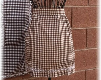 BROWN  & WHITE GINGHAM Apron - Size 6