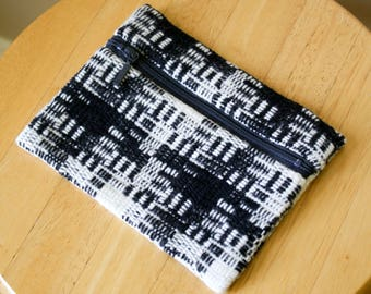 Pendleton Wool Coinpurse / Wallet / Zipper Pouch in Black and White Patterned Wool