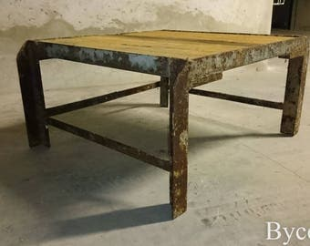 table basse industrielle metal bois etsy. Black Bedroom Furniture Sets. Home Design Ideas