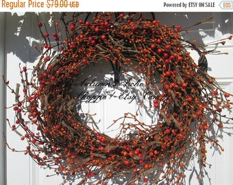 BITTERSWEET BERRY WREATH ~ Faux Bittersweet Berry Wreath ~ Rustic Look Pip-Berry Door Wreath ~Thanksgiving Door Decor ~Thanksgiving Wreath ~