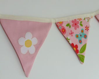 Floral Childrens Bunting - Pink fabric bunting - Children's bedroom decor - Daisy design