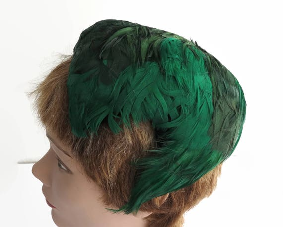 Vintage green feather cocktail hat, 1950's hat, different shades of green, fully lined, medium size
