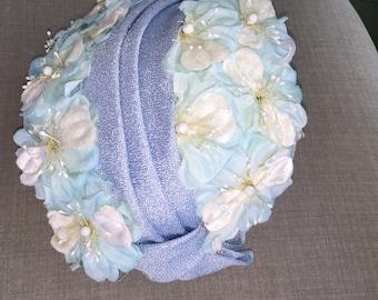 Vintage Women's Blue White Floral Hat