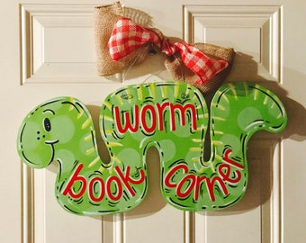 Sweet reading worm inch worm!