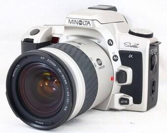 MINOLTA α Alpha Sweet SLR with Minolta AF Zoom Lens 28-80mm f/3.5-5.6 with Case, Strap, and Cap Minty Japan