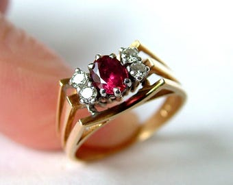 18k Gold Ruby And Diamond Ring * 18ct Gold Ruby Diamond Ring * Ruby Diamond Gold Ring * Ruby Gold Ring * 18k Ruby Ring * 18k Engagement Ring