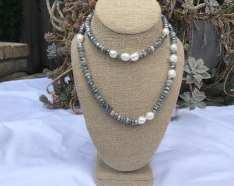 Labradorite and pearl single layer beaded necklace