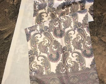 Vintage 100% Silk Face and 100 Per Cent Wool Lined Ascot Scarf - Lord & Taylor - Made in Italy
