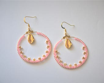 Large hoop earrings lace - Pastel and shell earrings
