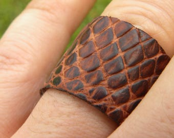 Ring genuine brown tan tobacco Alligator leather 13 .5 size Shaman style wristband customize to wrist size rock star cool