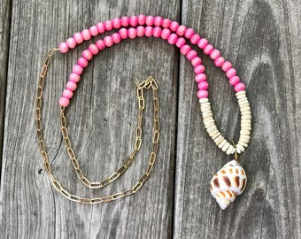 Pendant Necklace - Shell Pendant Necklace / Rustic Modern Statement Necklace / Long Necklace / Beaded Chain Necklace
