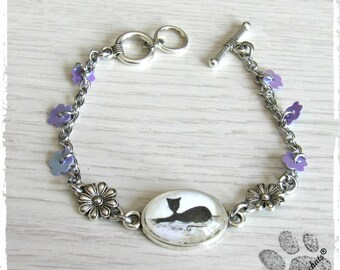 Silver metal, purple and white tribe of cats, cat bed, cabochon bracelet