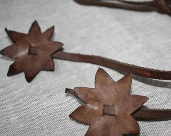 Leather belt with flowers