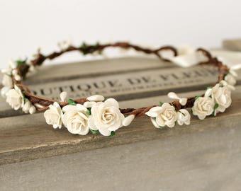Bridal Floral Crown, Ivory flower crown, Flower Crown wedding, White flower crown, bridal flower crown, ivory floral crown, pearl crown