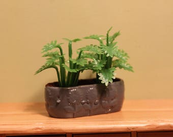 DOLLHOUSE MINIATURE Garden Planter/Pot Large Light Green Ferns