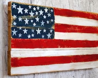 Wood flag Patriotic decor USA sign Distressed flag 4th of July Rustic decor Outdoor sign American flag Primitive folk art