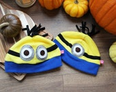 Cute comfy cosplay beanie inspired by the Minions, with one or two eyes, great gift for a cosplayer, nerd or geek friend or a teenager