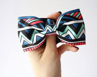 Bow tie geometric&tribal print