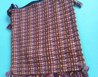 Hand woven cotton shoulder purse made in Guatemala.