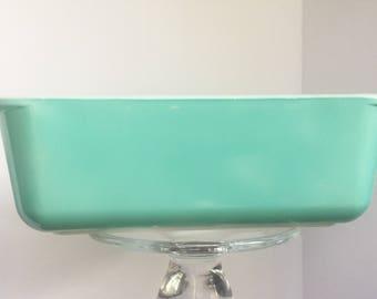Pyrex Aqua loaf pan