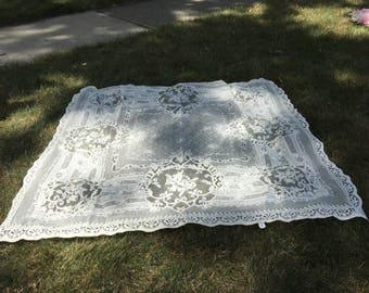 """Vintage Lace Crochet Tablecloth - 48"""" Square"""